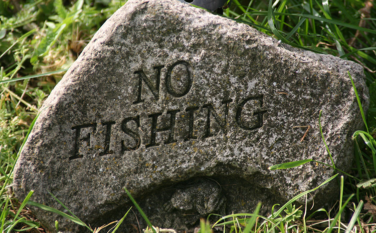 about-us-no-fishing